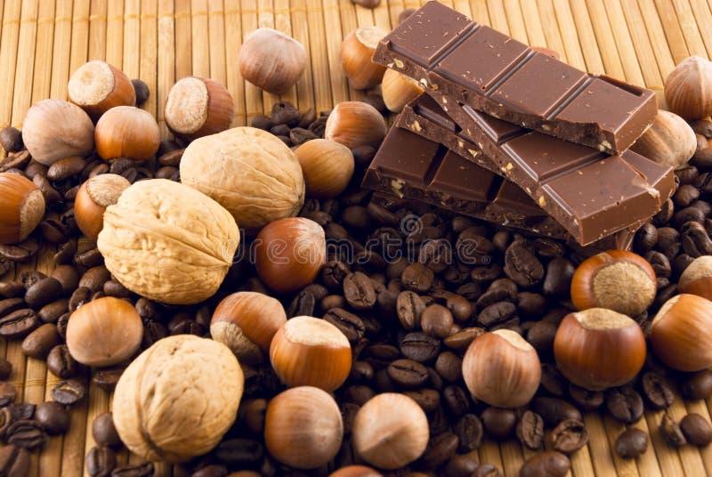 巧克力咖啡螺母 免版税图库摄影