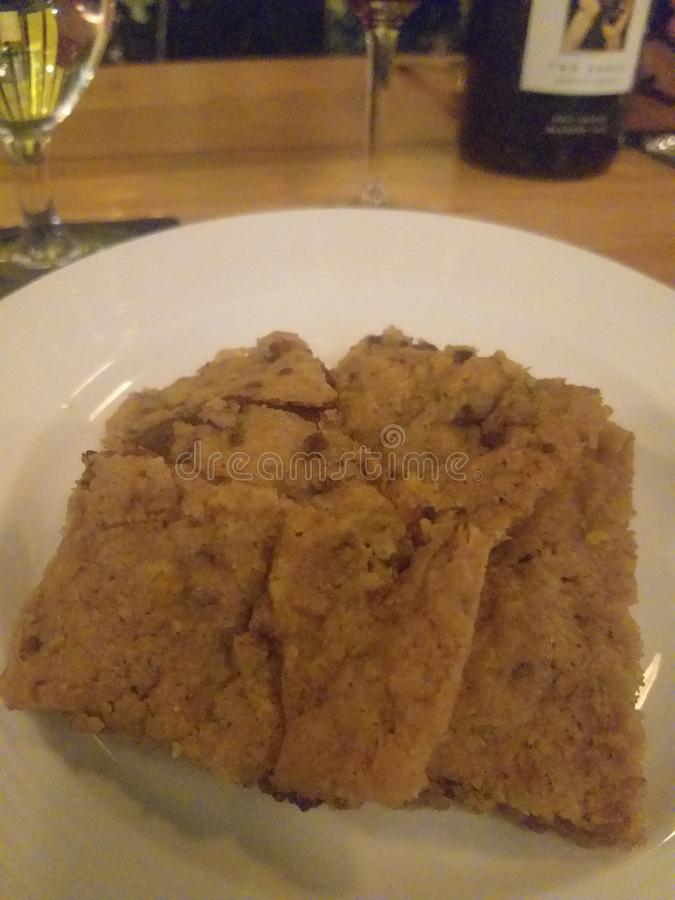 巧克力恶曲奇饼曲奇饼dinning果仁巧克力的点心 免版税库存照片