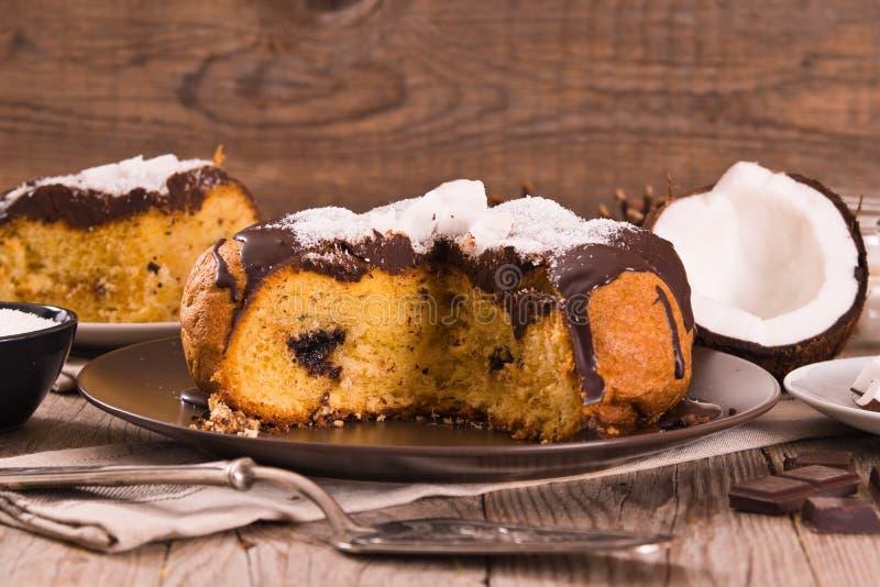 巧克力椰子蛋糕 库存图片
