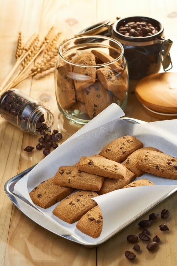 巧克力片和咖啡饼干 免版税库存照片