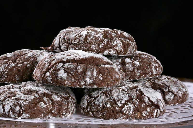 巧克力皱纹曲奇饼 免版税库存图片