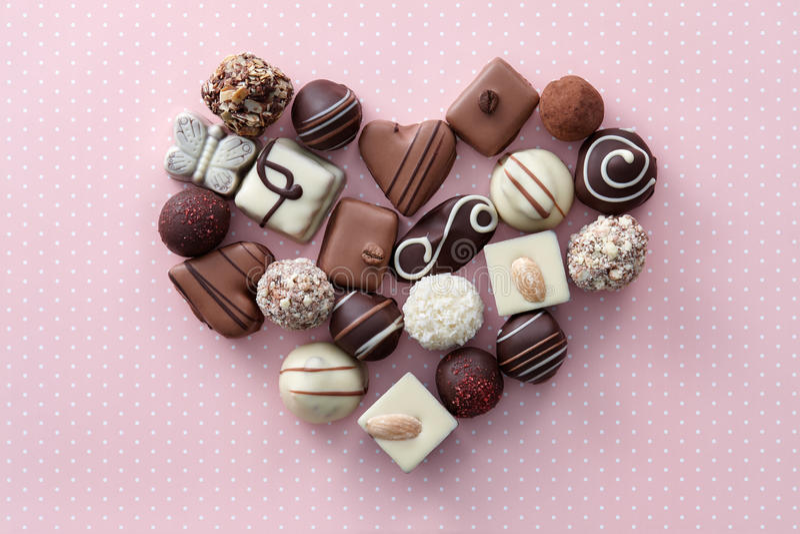 巧克力糖心脏 免版税库存照片
