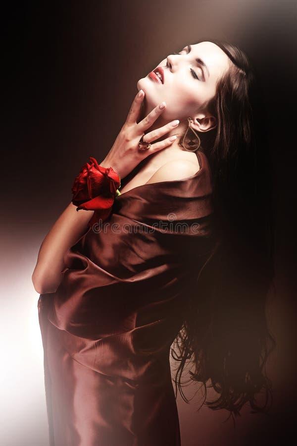 巧克力色的妇女 图库摄影