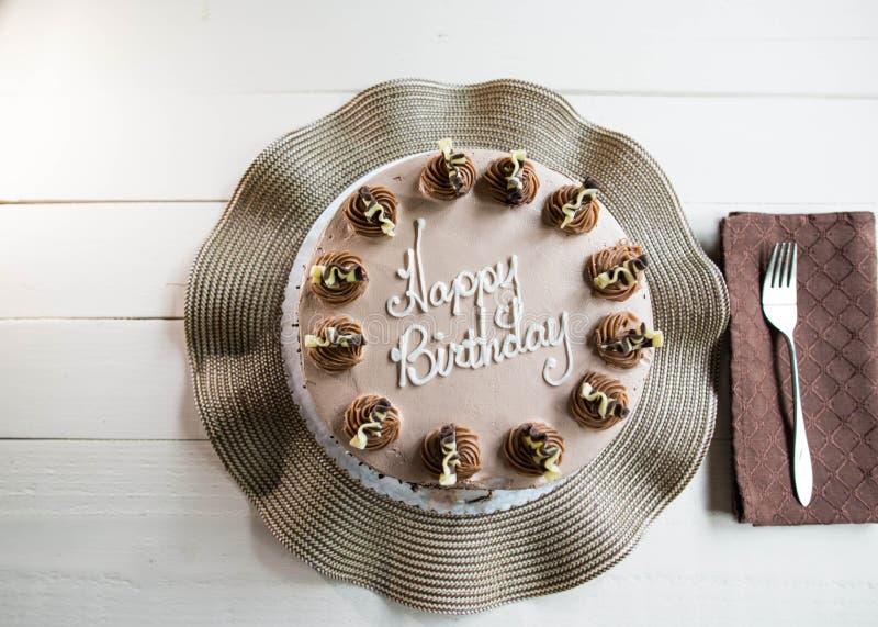 巧克力花梢生日蛋糕 图库摄影