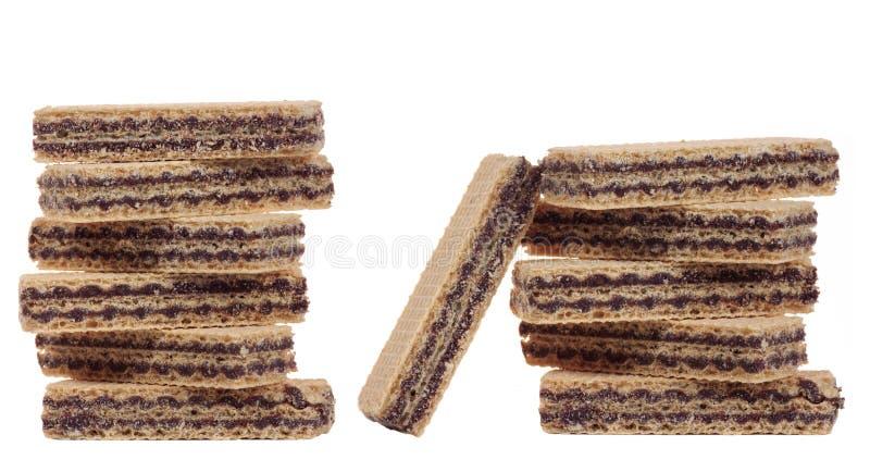 巧克力薄酥饼被隔绝的堆 免版税库存照片