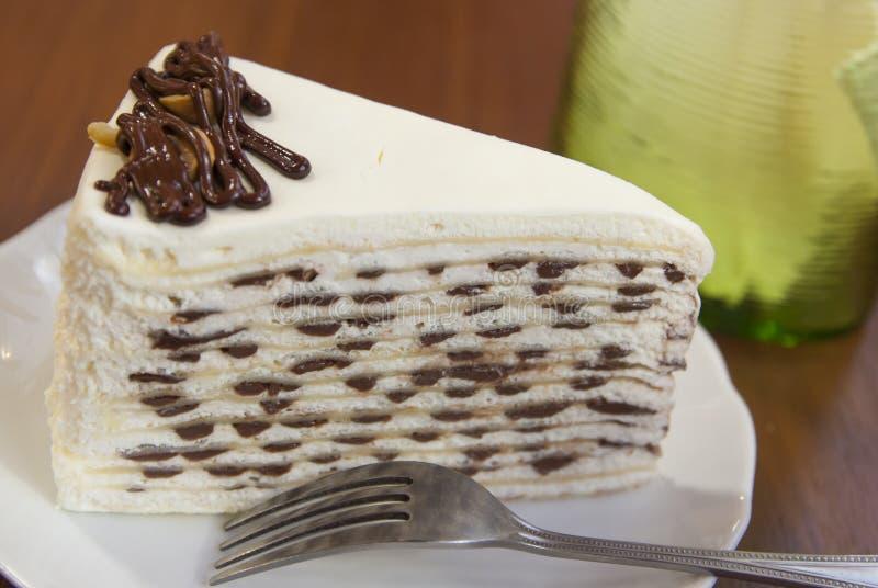 巧克力绉纱蛋糕 免版税库存图片