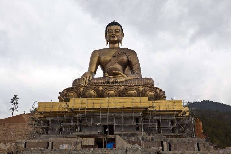 巨人在廷布上的菩萨雕象,不丹的首都 库存照片