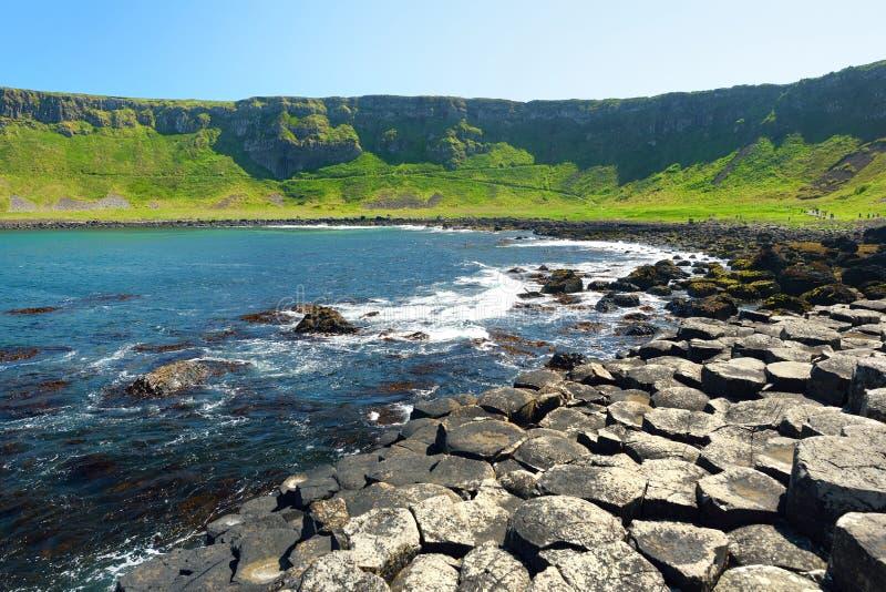 巨人堤道,六角玄武岩石头区域,安特里姆郡,北爱尔兰 著名旅游景点,联合国科教文组织世界 图库摄影