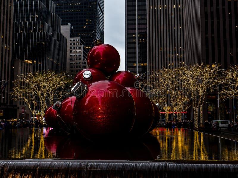 巨型圣诞节装饰NYC 库存图片