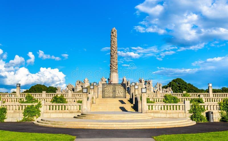巨型独石雕塑在维格兰雕塑公园-奥斯陆 免版税库存照片