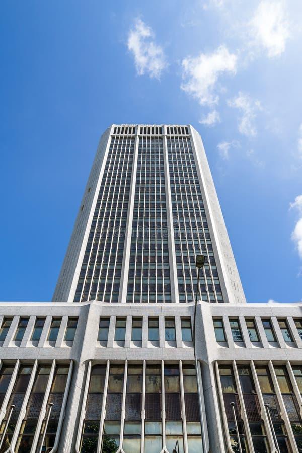 巨型独石:半岛广场, Cityhall,新加坡 库存图片