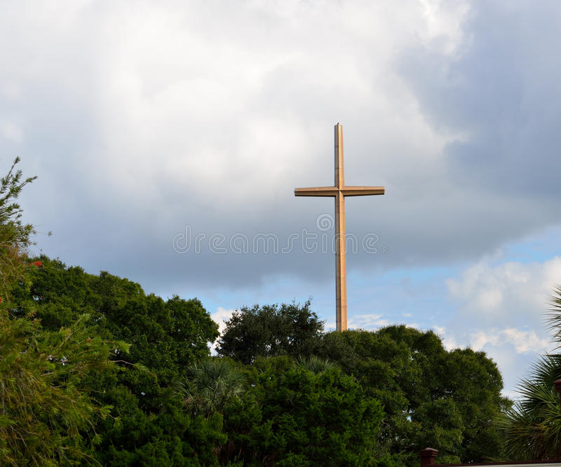 巨大十字架在圣奥斯丁,佛罗里达 免版税图库摄影