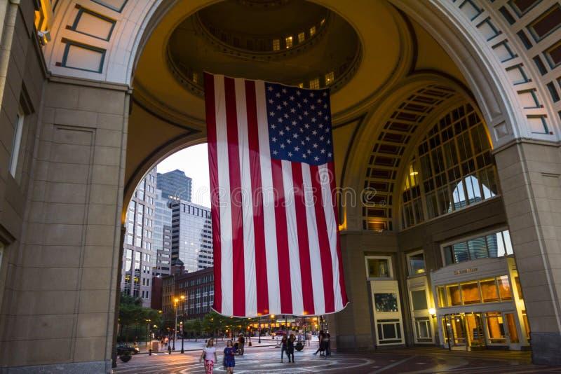 巨大的美国旗子在波士顿 免版税库存图片