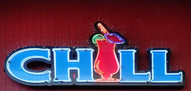 巨大霓虹灯广告,冷颤 免版税库存照片
