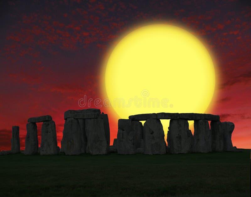 巨石阵史前纪念碑在威尔特郡,英国,在Amesbury西部的2英里 免版税库存图片