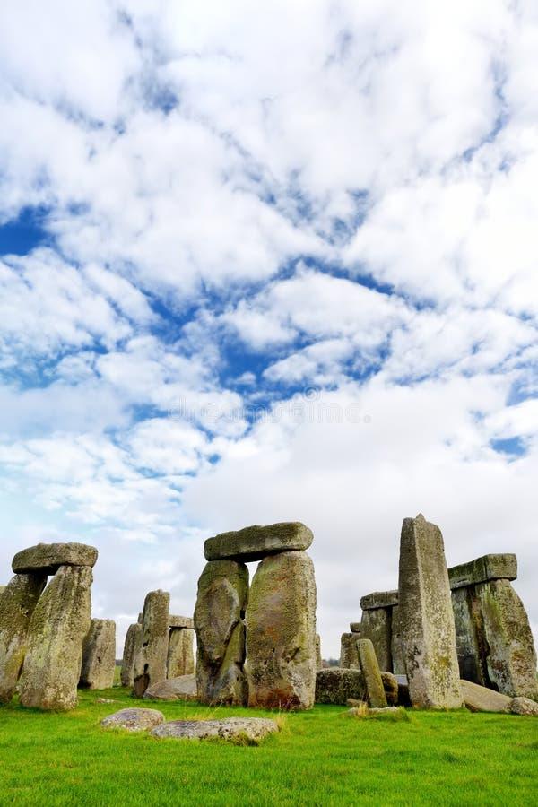 巨石阵,其中一世界和最响誉的史前纪念碑的奇迹在欧洲,位于威尔特郡,英国 库存照片