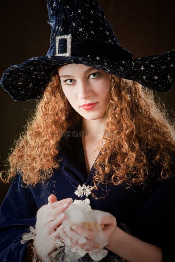 巫婆年轻人 免版税库存照片