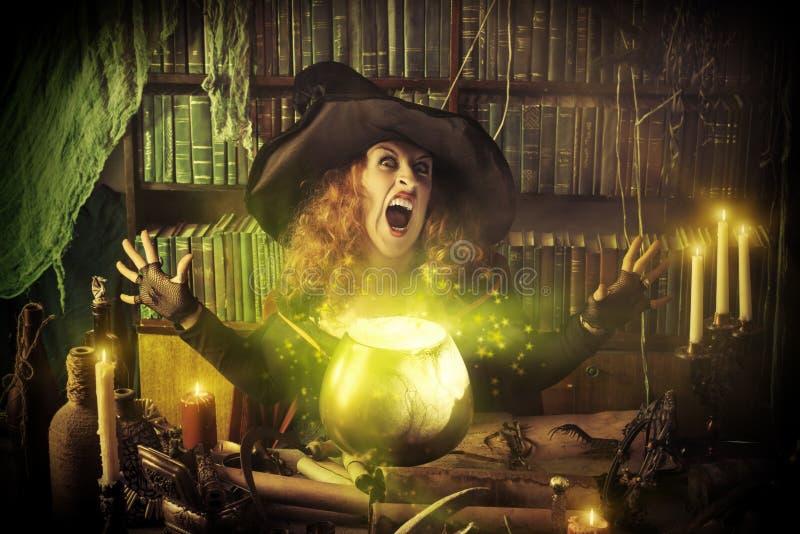 巫婆罐 库存图片