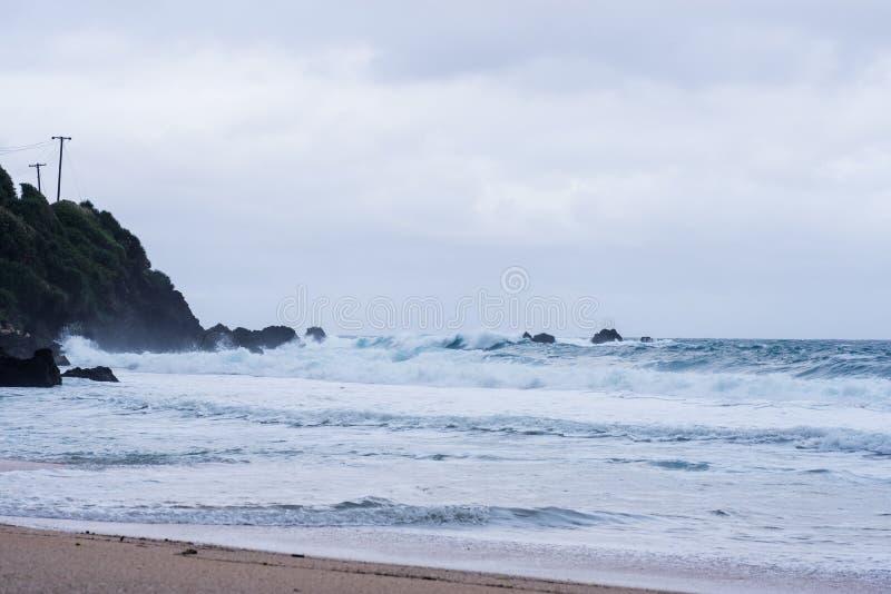 巴丹群岛省,菲律宾岩石海岸  库存图片