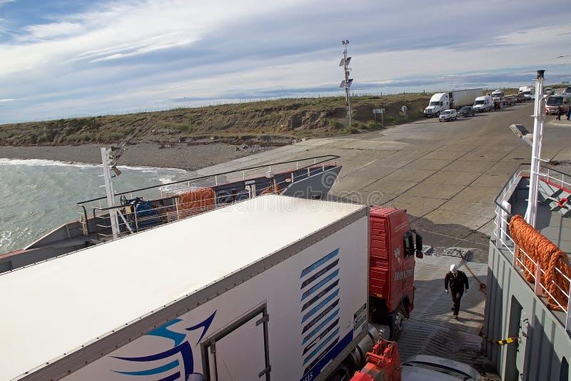 巴伊亚的Azul轮渡码头在沿麦哲伦海峡,智利的火地群岛 库存图片