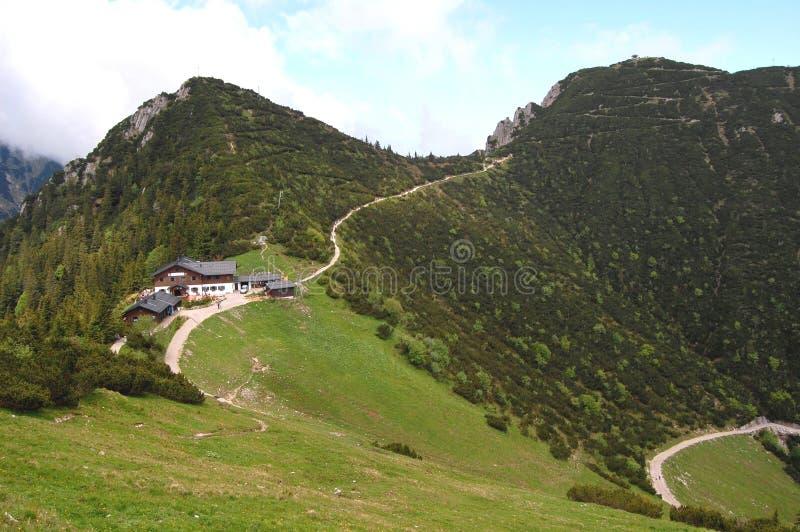 巴伐利亚瑞士山中的牧人小屋德国山&# 免版税库存照片
