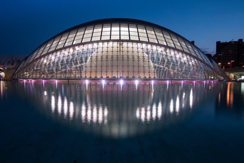 巴伦西亚,西班牙- 2019年4月28日:半球大厦,Ciudad de las artes y las艺术和科学ciencias城市 库存照片
