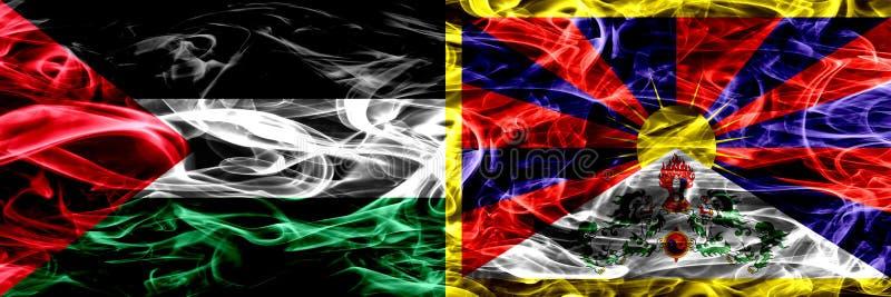巴勒斯坦对西藏,肩并肩被安置的西藏烟旗子 巴勒斯坦人和西藏的厚实的色的柔滑的烟旗子,藏语 库存例证