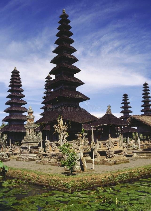 巴厘岛印度印度尼西亚湖寺庙 免版税图库摄影
