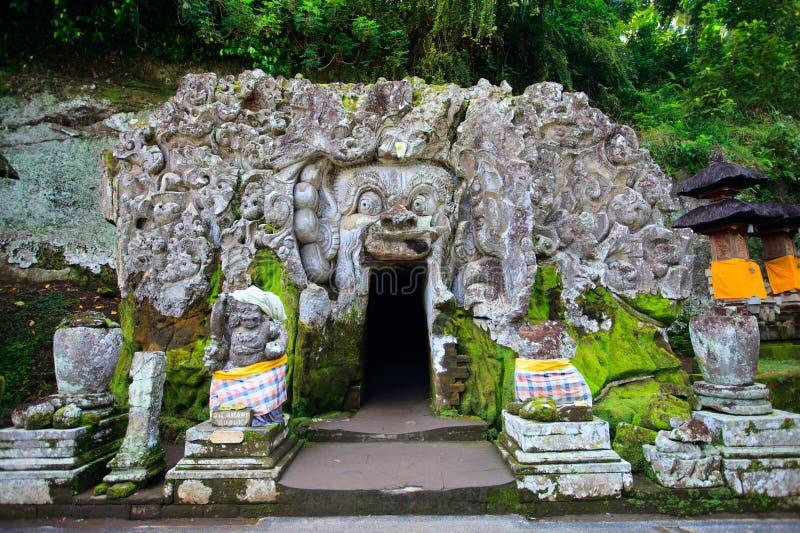 巴厘岛洞大象寺庙 库存照片