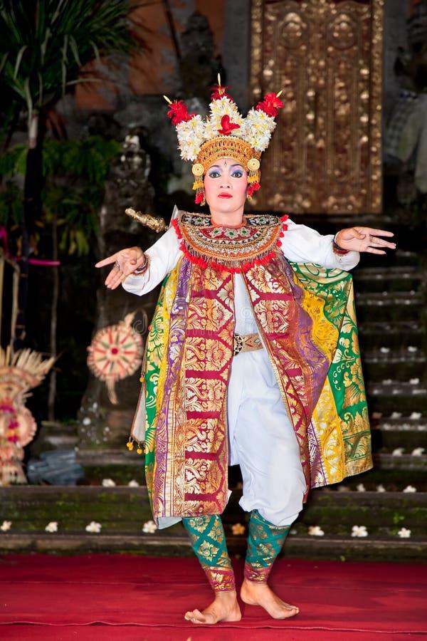 巴厘岛舞蹈印度尼西亚janger 库存图片