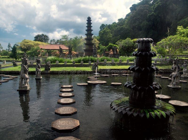 巴厘语宫殿水 免版税库存图片