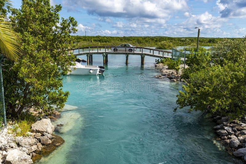 巴哈马王妃湾大桥 库存照片