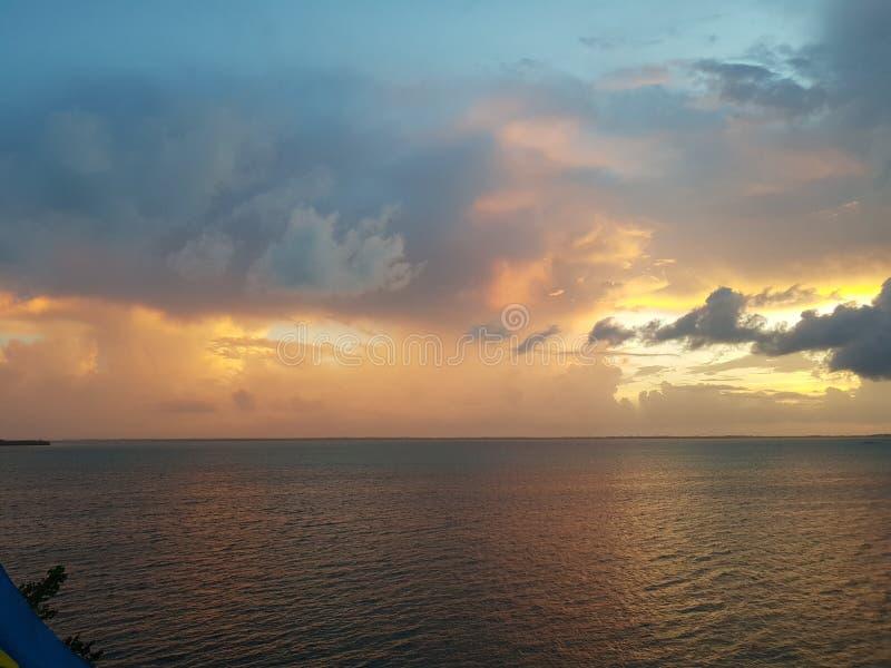 巴哈马群岛的日落 免版税库存照片