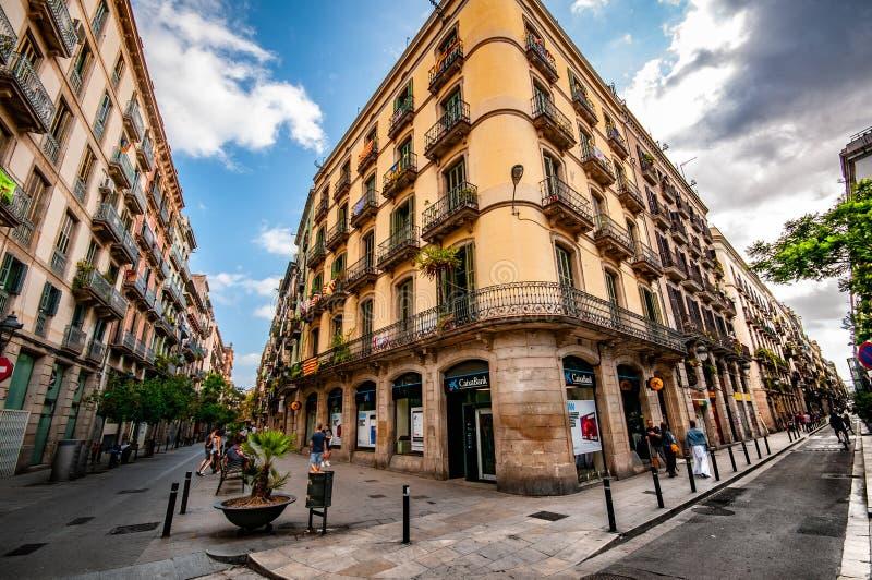 巴塞罗那惊人和bueatiful街道  免版税库存图片