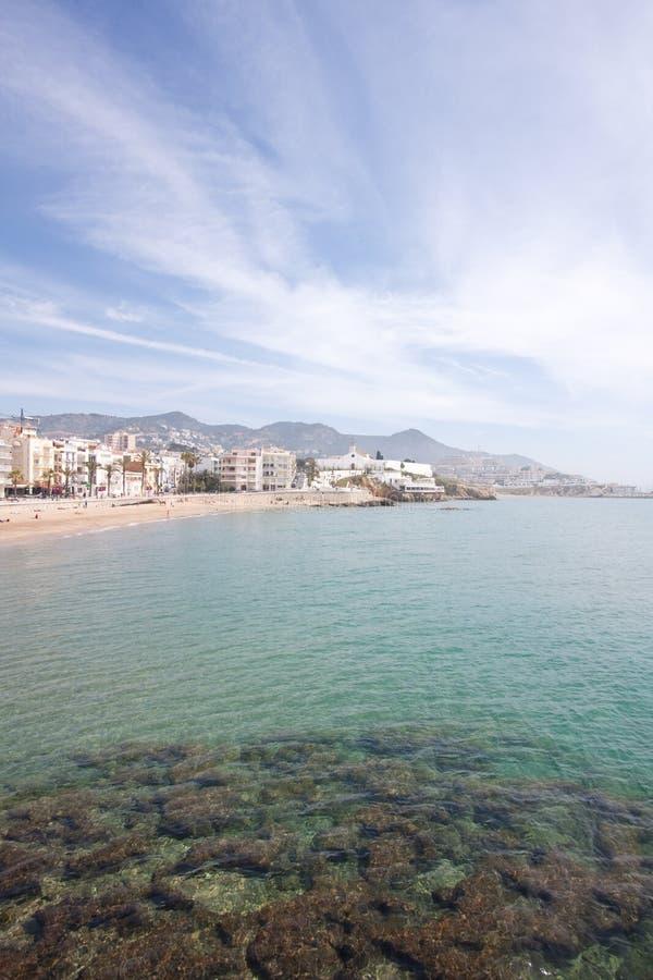 巴塞罗那海滩北部sitges西班牙 免版税图库摄影