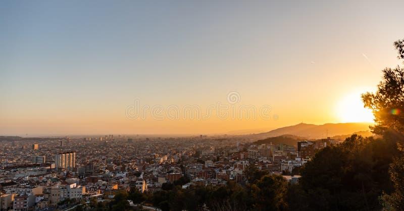 巴塞罗那的看法在日落期间的 免版税库存图片