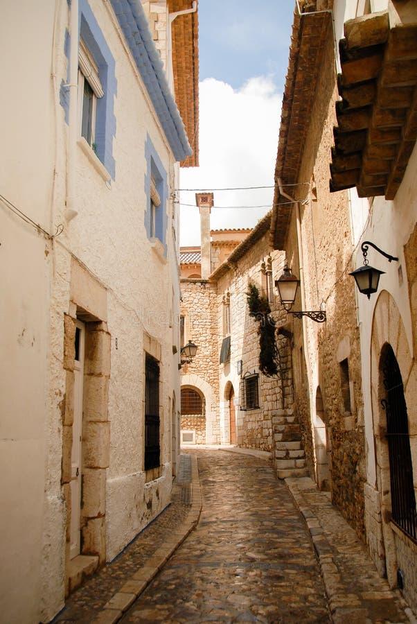 巴塞罗那被修补的narow街道  库存照片