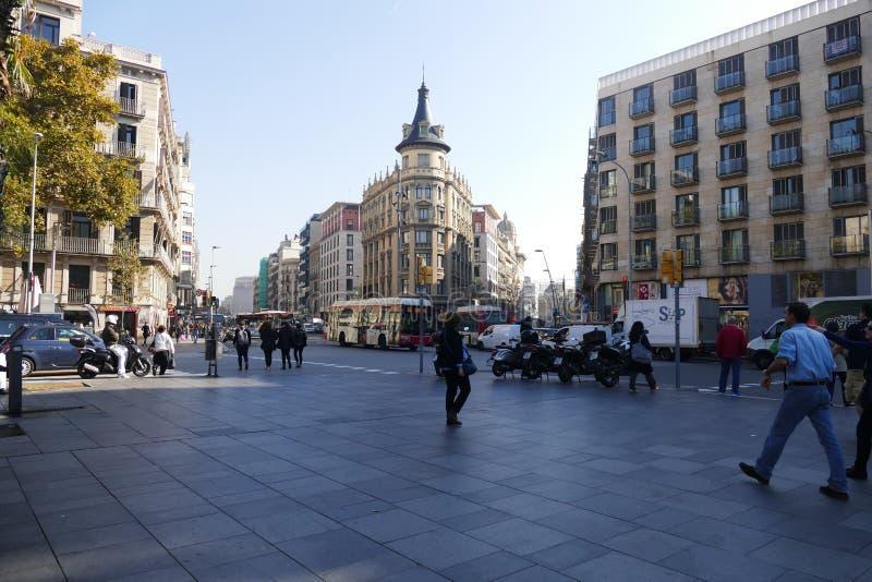 巴塞罗那西班牙Universitat方形的全景 免版税库存照片