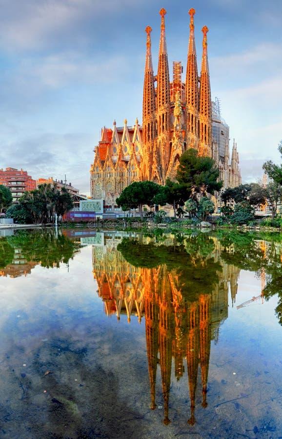 巴塞罗那,西班牙- 2月10 :拉萨格拉达Familia -铭记 免版税图库摄影