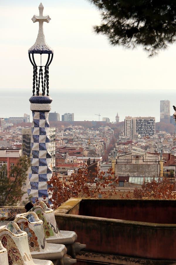 巴塞罗那 01/02/2016 蚂蚁设计的Guell公园的大阳台 免版税库存图片