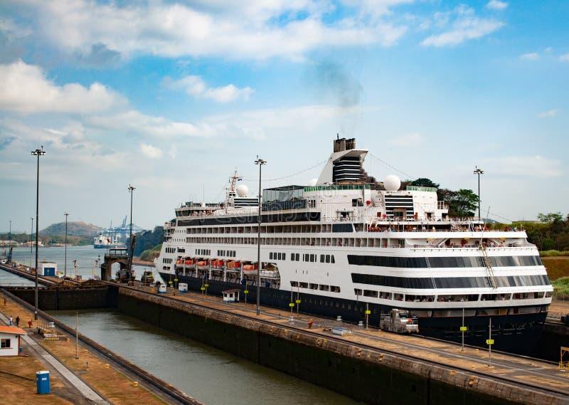 巴拿马运河船舶 库存照片