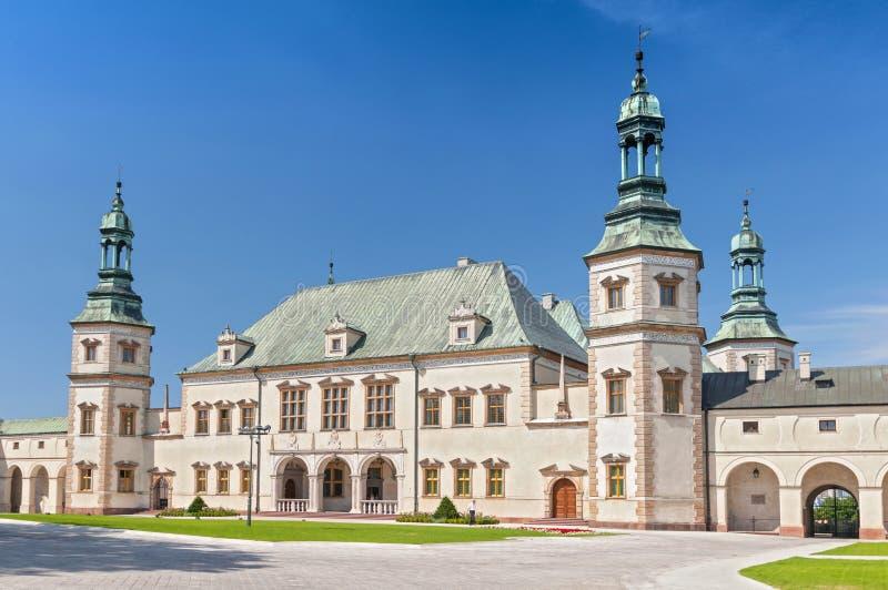 巴洛克式的城堡,s主教宫殿在凯尔采,波兰,欧洲 图库摄影