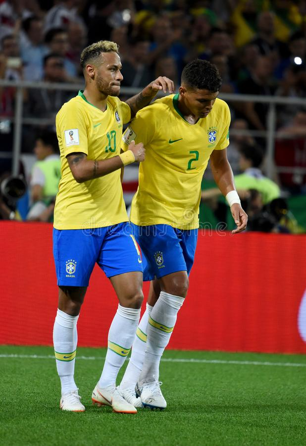 巴西在以后的超级明星Neymar和得分手蒂亚戈・席尔瓦 免版税库存照片