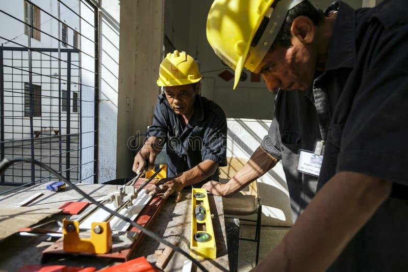 巴西-圣保洛- ONG Sermig -为瓦工的职业学校 免版税库存图片