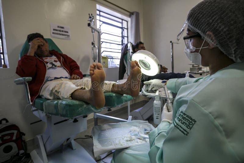巴西-圣保洛- ONG Sermig -无家可归者的自由矫形操作 免版税库存照片
