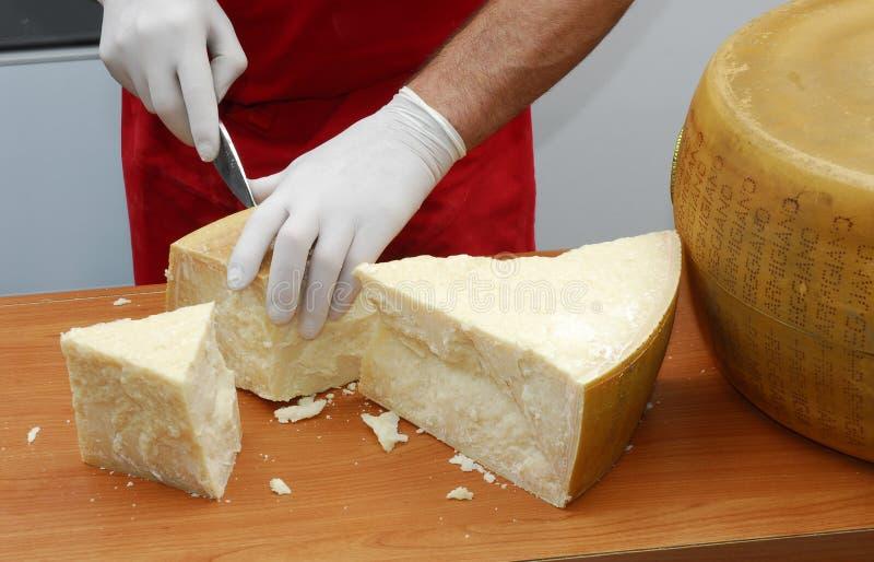 Download 巴马干酪栈 库存照片. 图片 包括有 行业, 剪切, 部分, 现有量, 生气勃勃, 烹饪, 专业人员, 统一 - 15681032