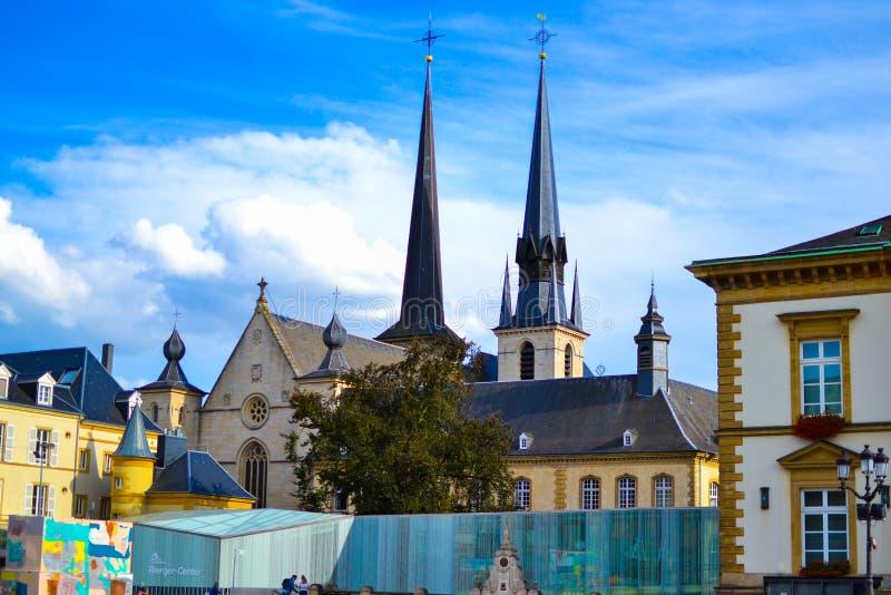 巴黎圣母院安特卫普圣母大教堂,从地方威廉的Kathedral Notre Dame或Cathédrale Notre Dame的看法 免版税库存图片