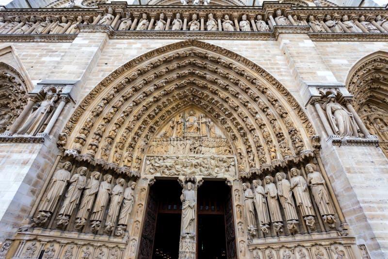 巴黎圣母院进口关闭 图库摄影