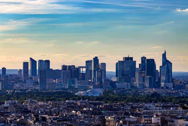 巴黎,法国- 2014年6月:拉德芳斯摩天大楼 免版税库存图片