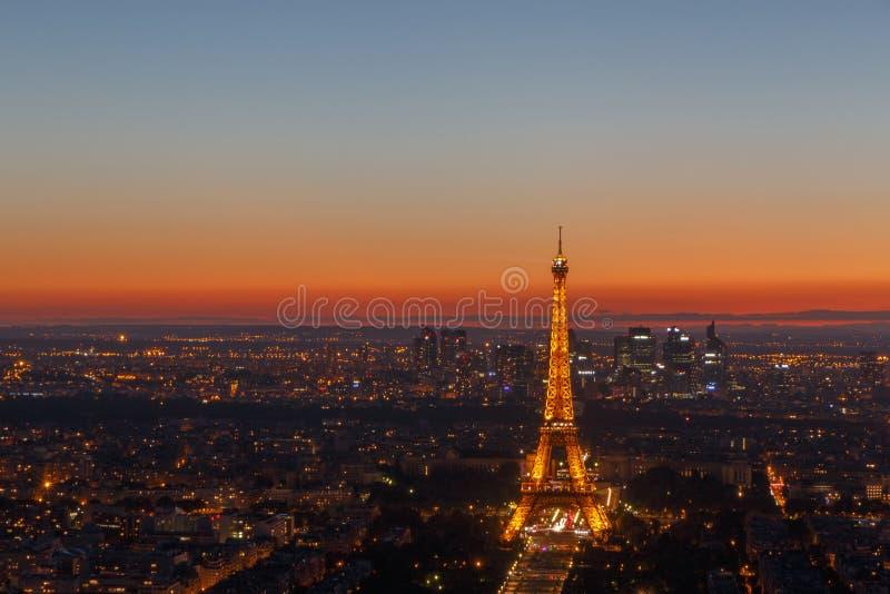 巴黎,法国- 2017年6月25日-巴黎都市风景和艾菲尔铁塔 免版税库存照片